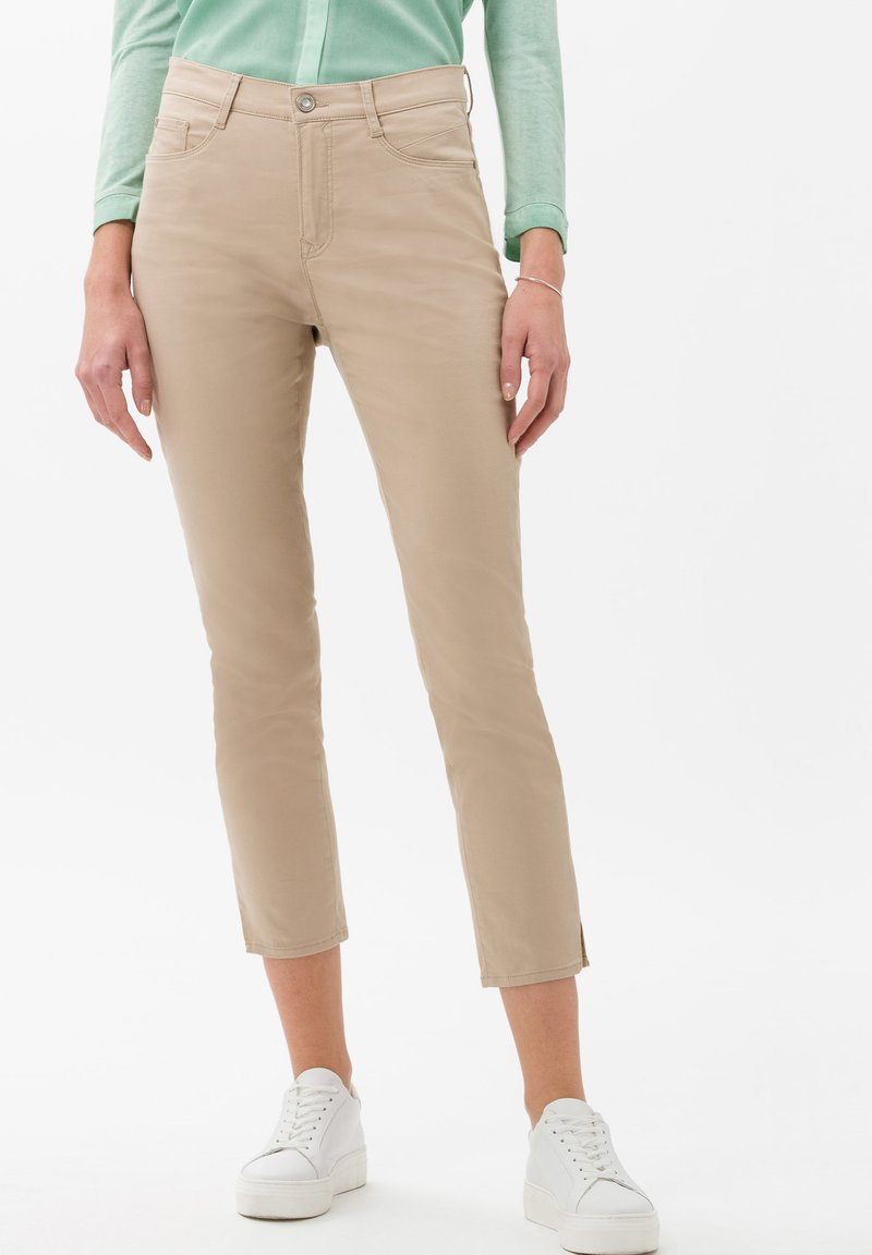 BRAX - STYLE CARO  - Slim fit jeans - sand