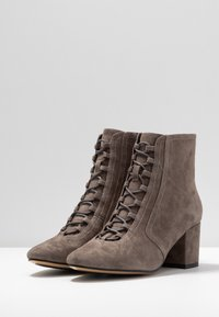 Bibi Lou Wide Fit - Ankle Boot - antracita - 4