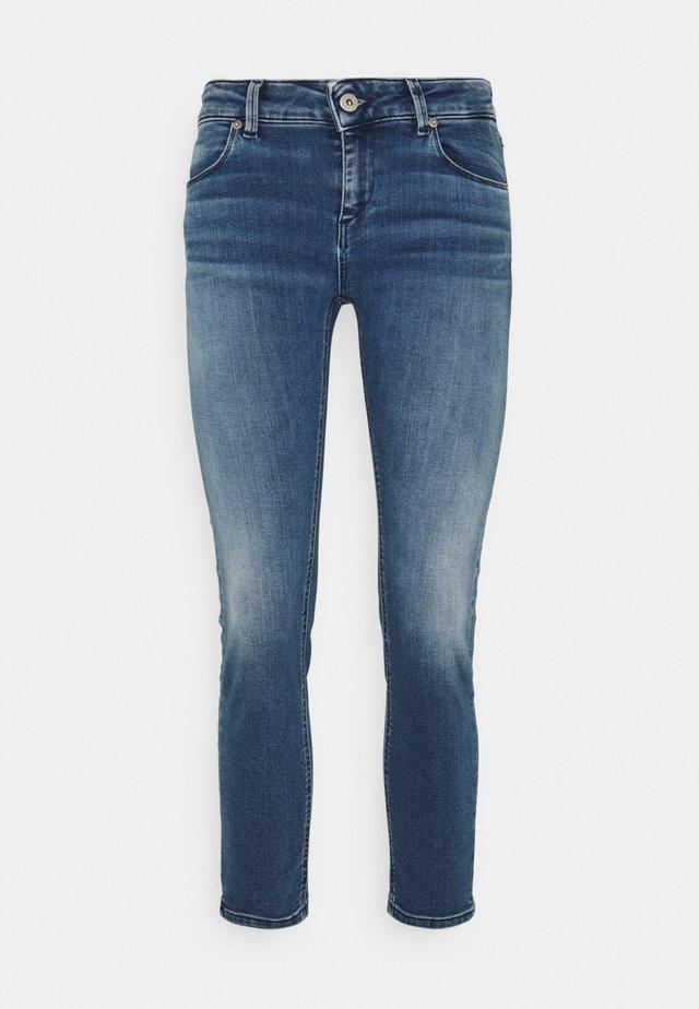 LOU - Jeans Slim Fit - medio pulito