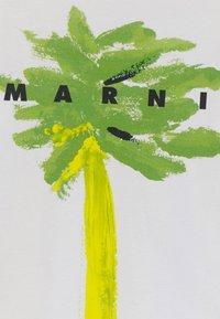 Marni - MAGLIETTA UNISEX - Print T-shirt - emerald green - 2