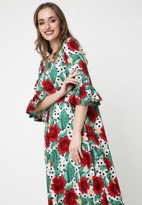 Madam-T - Maxi dress - rosa rot - 4