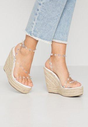 RENNA - Sandaler med høye hæler - clear/white
