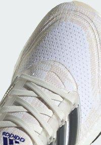 adidas Performance - Zapatillas de running estables - white - 8