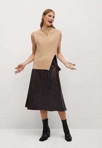 Mango - CHOCOLAT - A-line skirt - marron - 1
