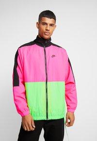 Nike Sportswear - Träningsjacka - black/hyper pink/scream green - 4