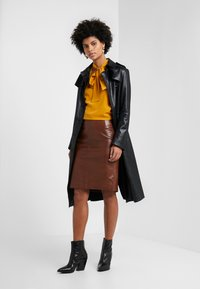 STUDIO ID - HANNAH LEATHER SKIRT - A-line skirt - brown - 1