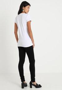 Selected Femme - SLFMAGGIE - Jeans Skinny Fit - black denim - 2