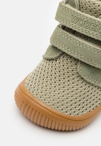 Woden - TRISTAN BABY - Baby shoes - dusty olive - 5