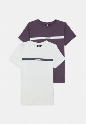 HMLLAN 2 PACK - Print T-shirt - vintage violet/marshmallow