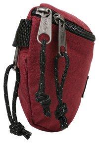 Eastpak - SPRINGER NEW COLORS - Bum bag - crafty wine - 4