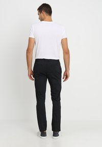 Pier One - Chino - black - 2