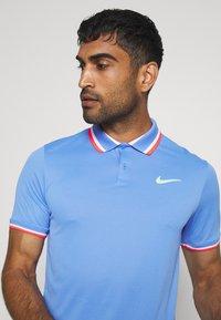 Nike Performance - SLAM - Sportshirt - royal pulse/ghost green - 4