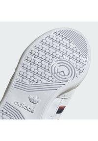 adidas Originals - CONTINENTAL 80 STRIPES UNISEX - Sneakers laag - ftwr white/collegiate navy/vivid red - 6