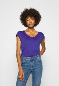 Anna Field - Basic T-shirt - clematis blue - 0