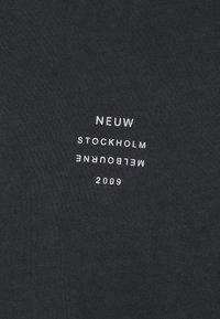 Neuw - BAND TEE - Jednoduché triko - black - 2