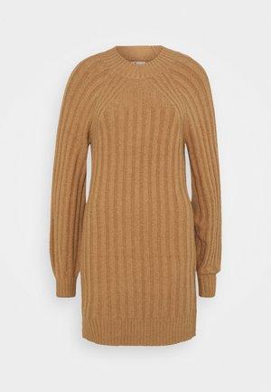 SWEATER DRESS - Jumper dress - tan