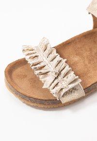 clic! - Sandals - lagos oro - 2