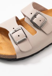 Bianco - BIABETRICIA - Chaussons - natural - 2