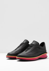 Camper - ROLLING - Mocasines - black - 4