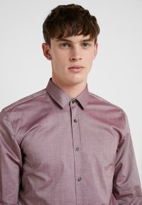 HUGO - ELISHA EXTRA SLIM FIT - Camicia elegante - dark red - 3