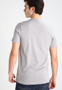 adidas Originals - ORIGINAL TREFOIL - T-shirt med print - grey - 2