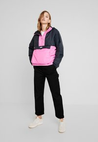Nike Sportswear - ANORAK - Light jacket - black/china rose - 1