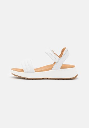 SPORTY - Sandały na platformie - white