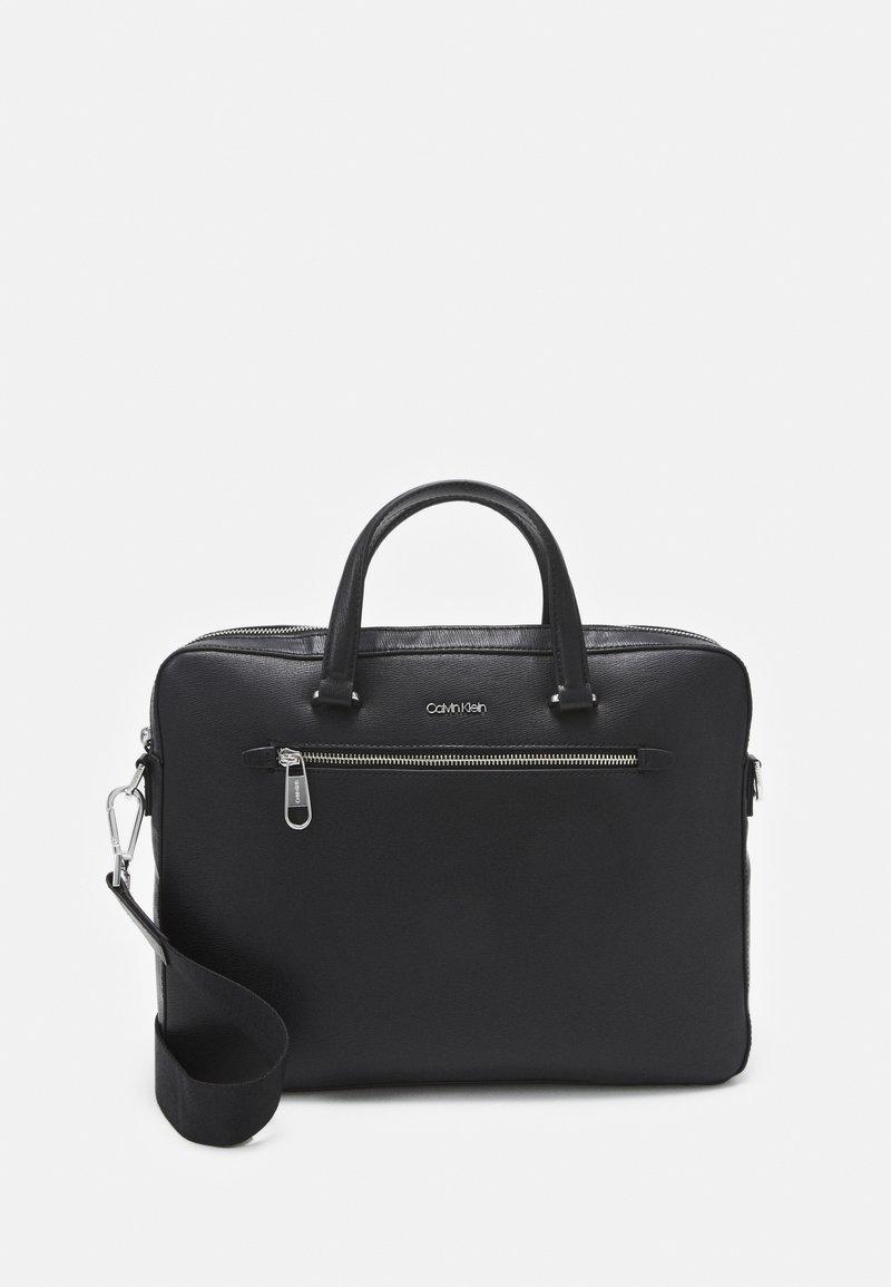 Calvin Klein - MINIMALISM SLIM LAPTOP BAG - Taška na laptop - black