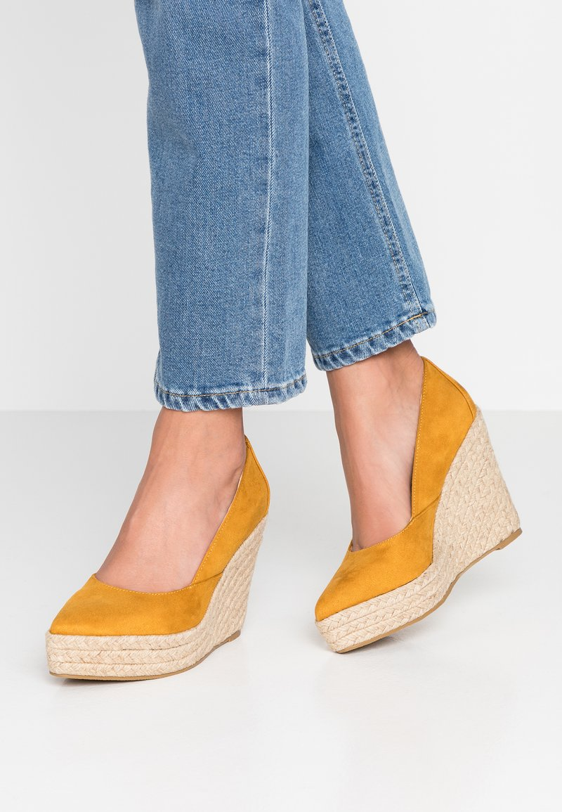 RAID - TANIKA - Høye hæler - mustard
