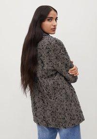 Mango - FOXI - Short coat - schwarz - 2