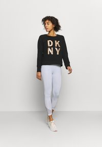 DKNY - STACKED LOGO  - Sweatshirt - black - 1