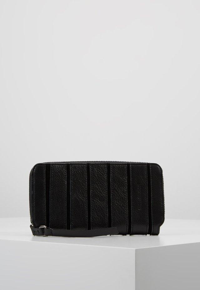 BEAT WALLET - Lompakko - black