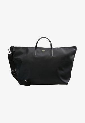 NF1947PO - Weekend bag - black
