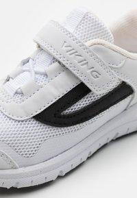 Viking - KNAPPER UNISEX - Hiking shoes - white - 5