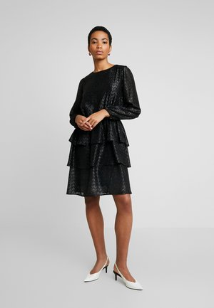 DRESS ON KNEE - Cocktailkleid/festliches Kleid - black