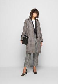 DRYKORN - SALISBURG - Classic coat - braun - 1