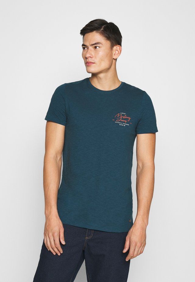 AARON - Print T-shirt - blu