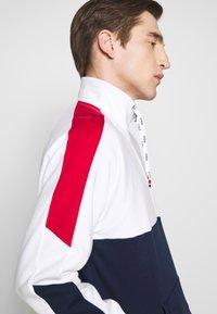 Polo Ralph Lauren - HEAVY SOFT TOUCH - Sweatshirt - white - 3