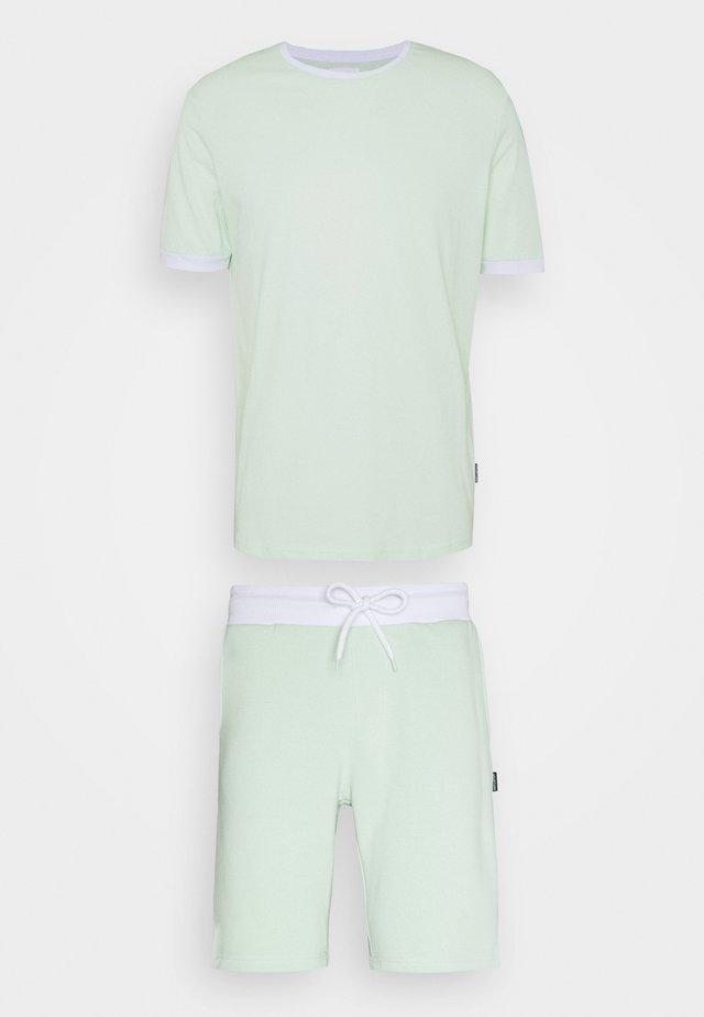 SET UNISEX - Shorts - green