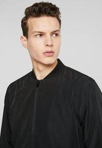 Burton Menswear London - CORE ALL - Bomberjacks - black - 3