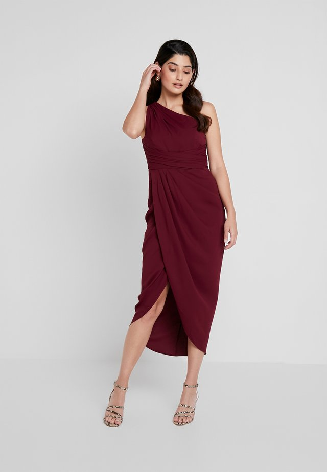 MANDY ONE SHOULDER DRAPE DRESS - Cocktail dress / Party dress - red shiraz
