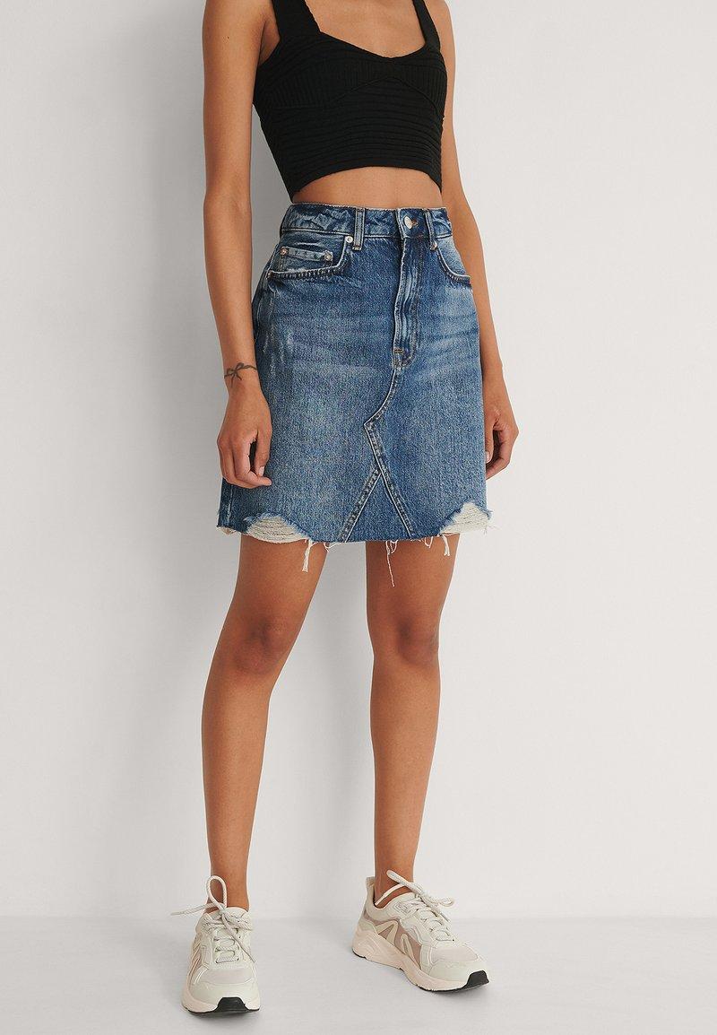 NA-KD - Mini skirt - mid blue