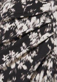 Marc O'Polo PURE - DRESS DRAPY SKIRT - Žerzejové šaty - black - 2