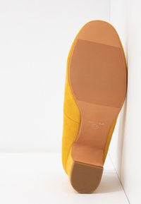Anna Field - Classic heels - yellow - 6