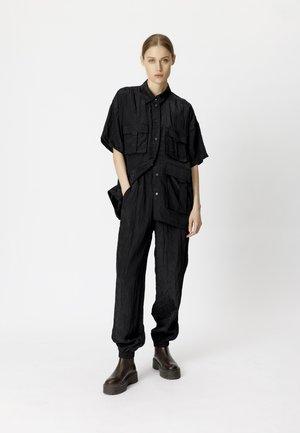 CLEOGZ OZ - Button-down blouse - black