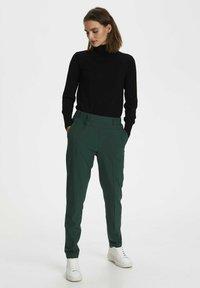 Kaffe - NANCI JILLIAN - Trousers - dark green - 1