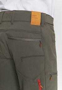 Norrøna - SVALBARD FLEX PANTS - Pantaloni outdoor - dark grey - 8