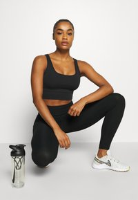 Nike Performance - ONE LUXE - Tights - black - 3