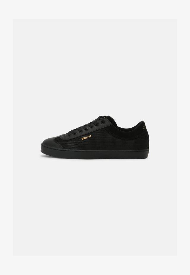 SANTI - Zapatillas - black