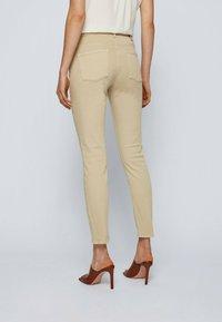BOSS - Jeans Skinny Fit - beige - 2